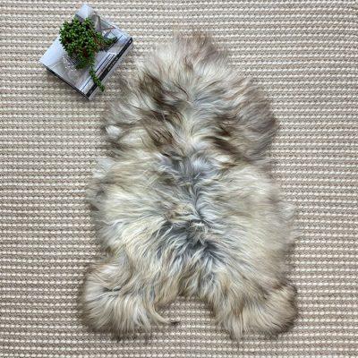 grey-sheepskin-005
