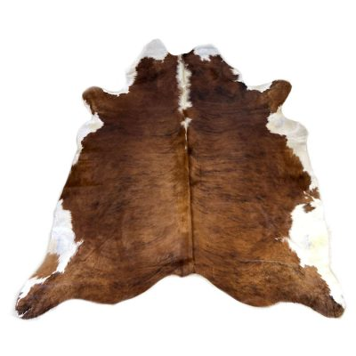 white-belly-cowhide-rug-A104