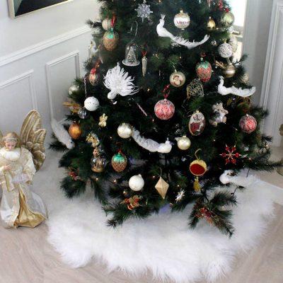 whte fur christmas tree skirt
